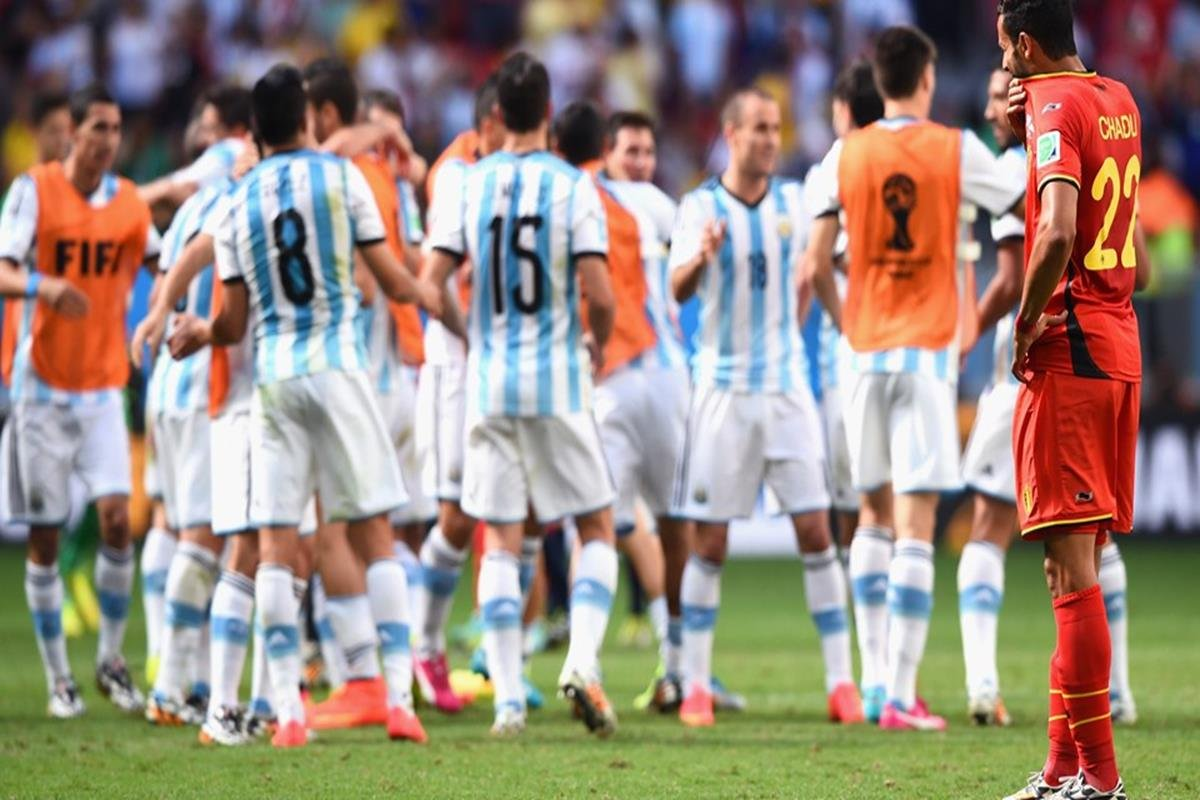 079 - 12 x 8 - 2014 World Cup Finalists - Argentina