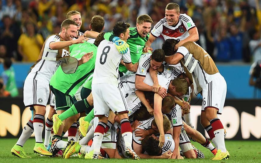 40 x 30 Photo - Football - FIFA World Cup 2014 WINNERS - GERMANY