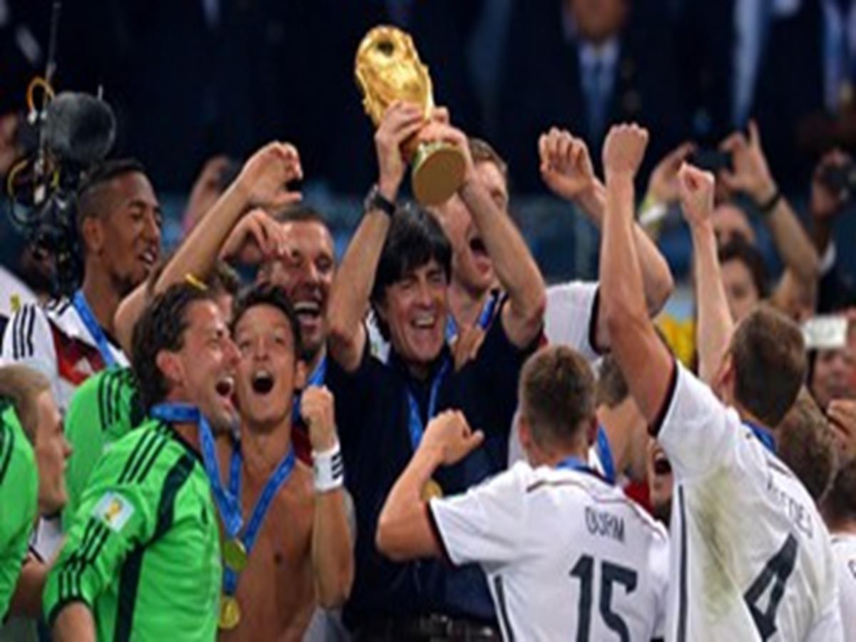 11 - 40 x 30 Photo - Football - FIFA World Cup 2014 WINNERS - GERMANY