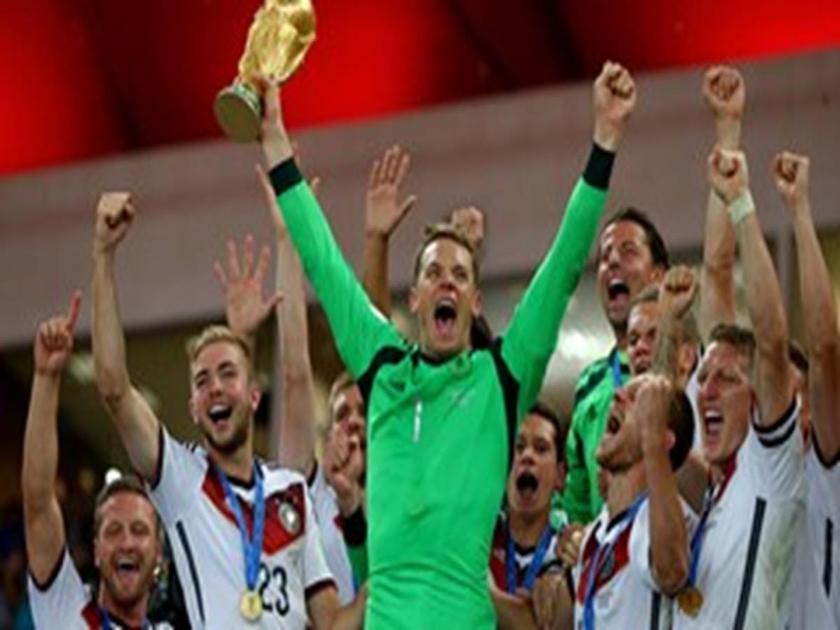 41 - 8 x 6 Photo - Football - FIFA World Cup 2014 WINNERS - GERMANY