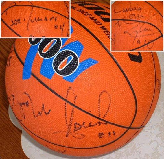 autographed basketball 92-93 Detroit Pistons
