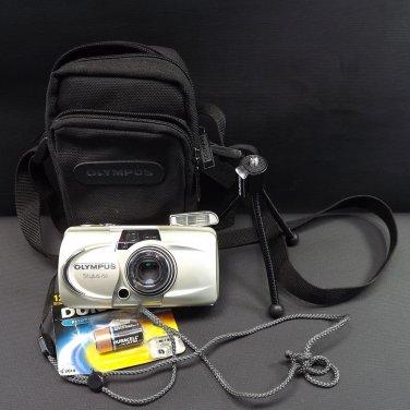 Olympus Stylus 150 All Weather Camera Multi AF Zoom 37.5-150mm Case Tripod