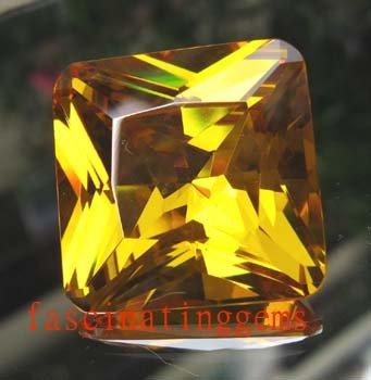 IF~50.00CT CHARMING BIG CIRCULAR YELLOW ZIRCON