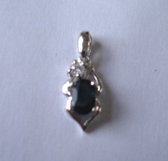 100% natural blue sapphire and sterling silver necklace penda