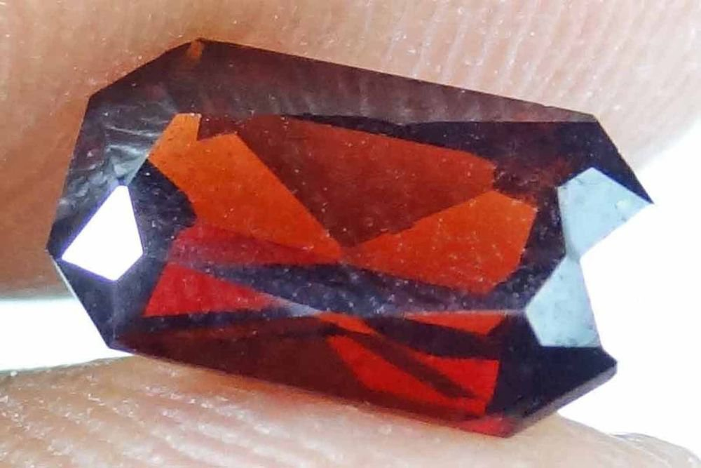 GARNET Natural Many Sizes & Shapes Beautiful Colors Red Birthstone 13072209-16