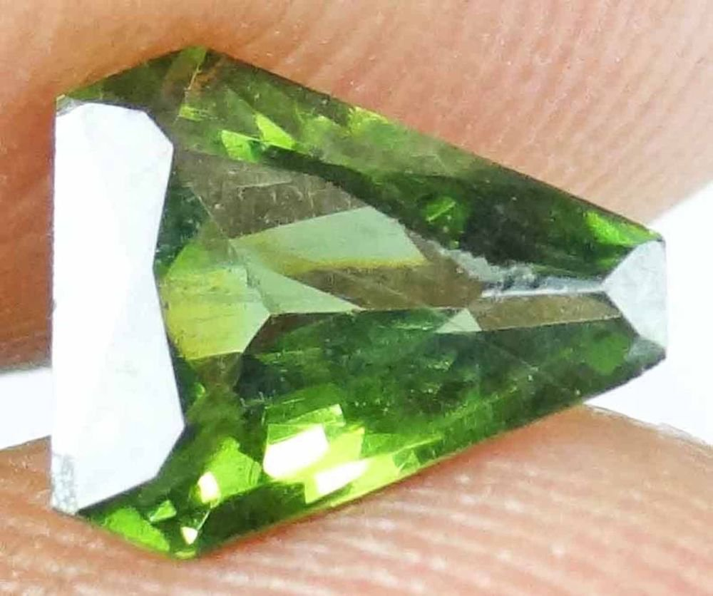 ZIRCON Natural Gems Green Brown Colors Unique Cuts Many to Choose 13072860-67
