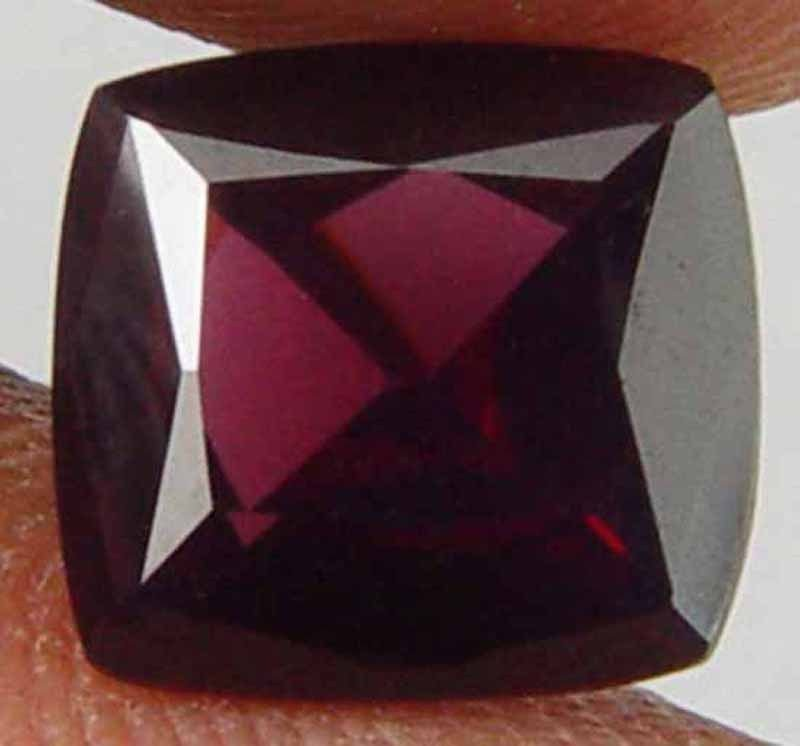 SPINEL Natural 2.65 CT 8.79 X 8.18 MM Square Cushion Cut Loose Gemstone 10051440