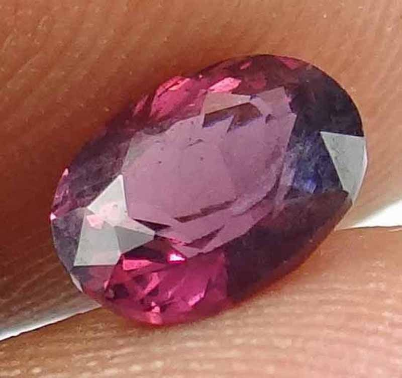 SPINEL Natural 1.3 CT 7.61 X 5.74 MM Great Color & Luster Untreated Gem 12111529