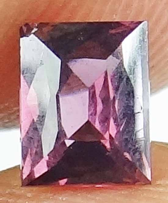 SPINEL Natural 0.75 CT 5.77 X 4.54 MM Well Cut Gorgeous Color Untreated 13020512