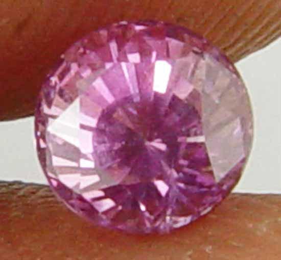 0.80CT Rare Round Cut Glowing Natural Sapphire 10070804