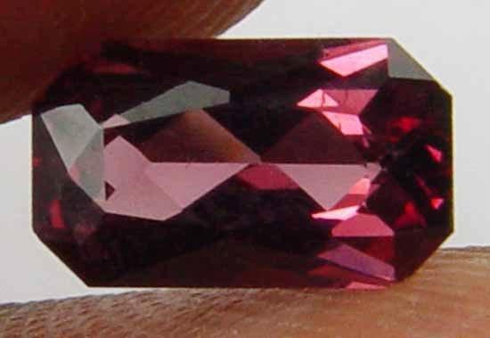 1.30CT Well Cut Nice Glow 100% Natural Garnet 10061145
