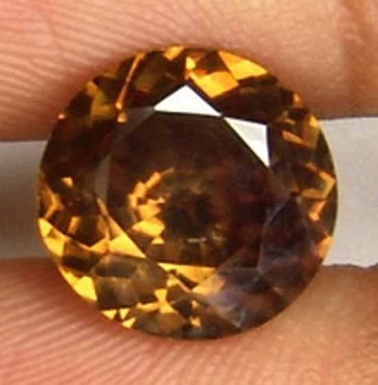 3.80CT Nice Size Natural Brown Zircon Gem 10090385