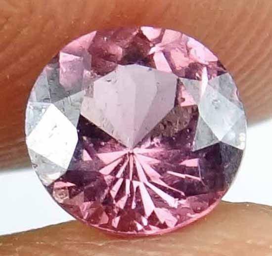 GARNET Natural 1.30 Carat 6.56 MM Rond Cut Beautiful Pink Red Color Gem 13022517