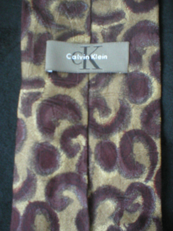 Calvin Klein Men's Brown & Burgundy Print Silk Tie