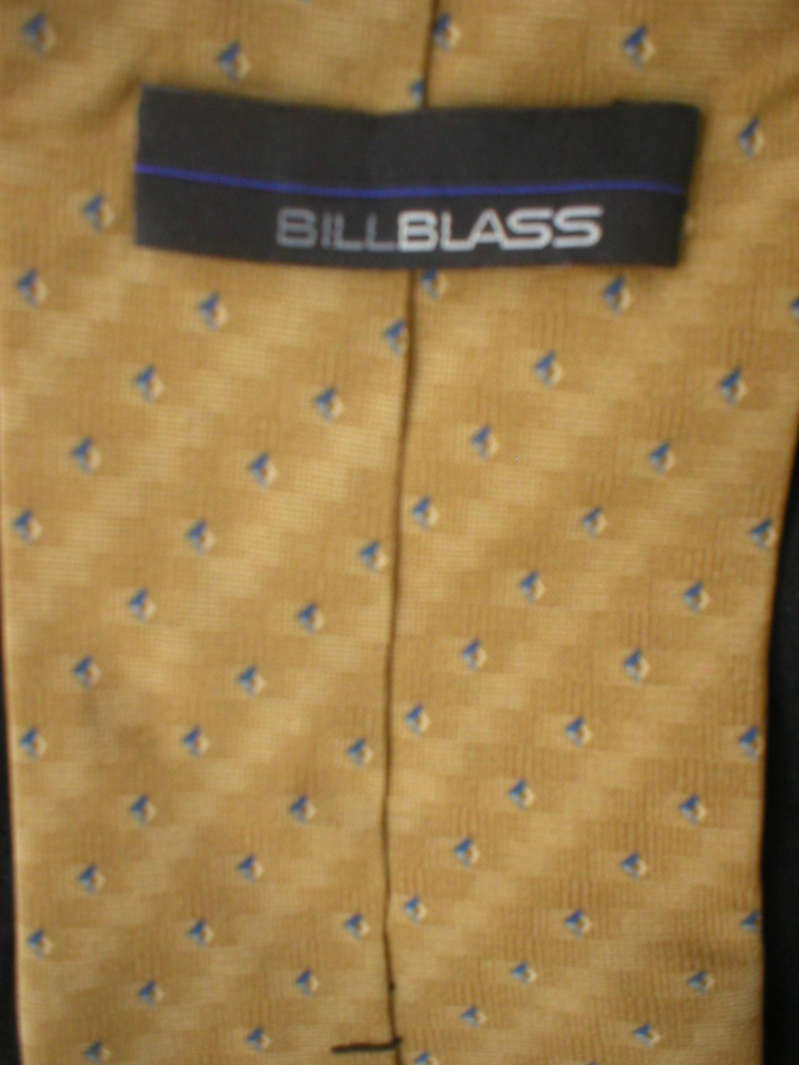 Bill Blass Men's Tan & Blue Print Silk Tie