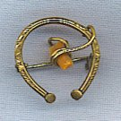 ANTIQUE GOLD & CORAL ENGRAVED PIN