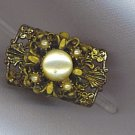 FREE SHIPPING! UNIQUE VTG. COSTUME RING WITH FILIGREE SETTING