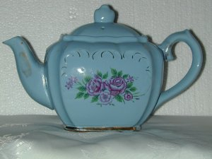 ANTIQUE BLUE TEAPOT WITH ROSES