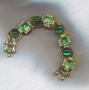 FABULOUS VTG. BRACELET IN GREENS