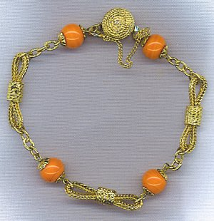 CORAL GLASS BEAD & GOLD BRACELET