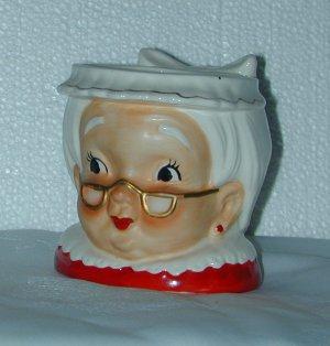 LEFTON MRS. SANTA CUP