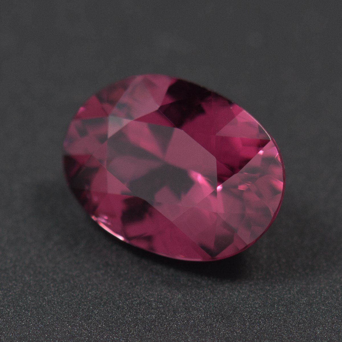 Certified Natural Rhodolite AAA Quality 8x6 mm Faceted Oval Shape 1 pcLoose Gemstone