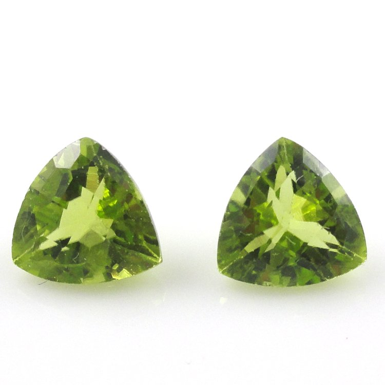 Certified Natural Peridot AAA Quality 4.5 mm Faceted Trillion 5 pcs lot loose gemstone