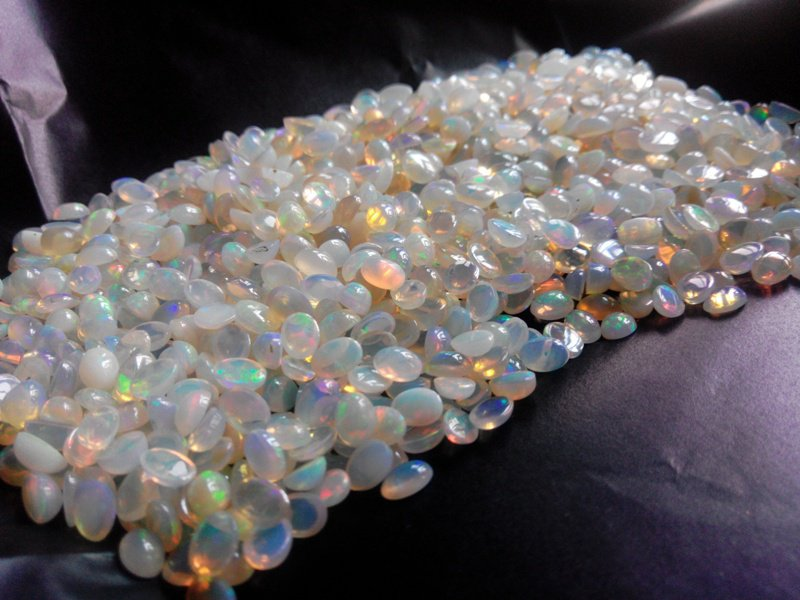 Certified Natural Ethiopian Opal AAA Quality loose Gemstone 3x4 mm Cabochon Oval 10 pieces lot