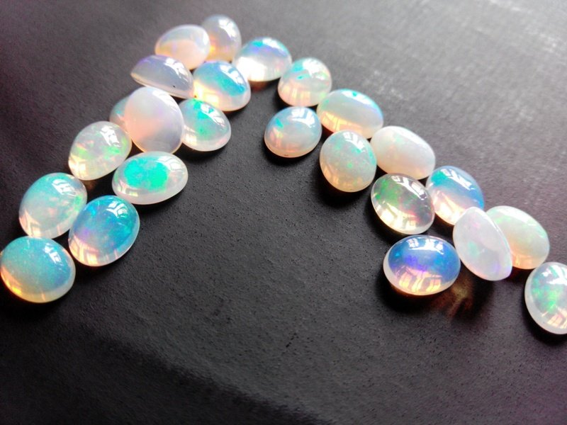 Certified Natural Ethiopian Opal AAA Quality loose Gemstone 8x10 mm Cabochon Oval 10 pieces lot