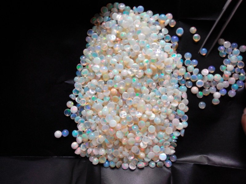 Certified Natural Ethiopian Opal AAA Quality loose Gemstone 4 mm Cabochon Round 10 pieces lot