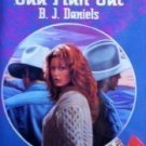 Odd Man Out Harlequin Intrigue #312  B.J. Daniels (MMP