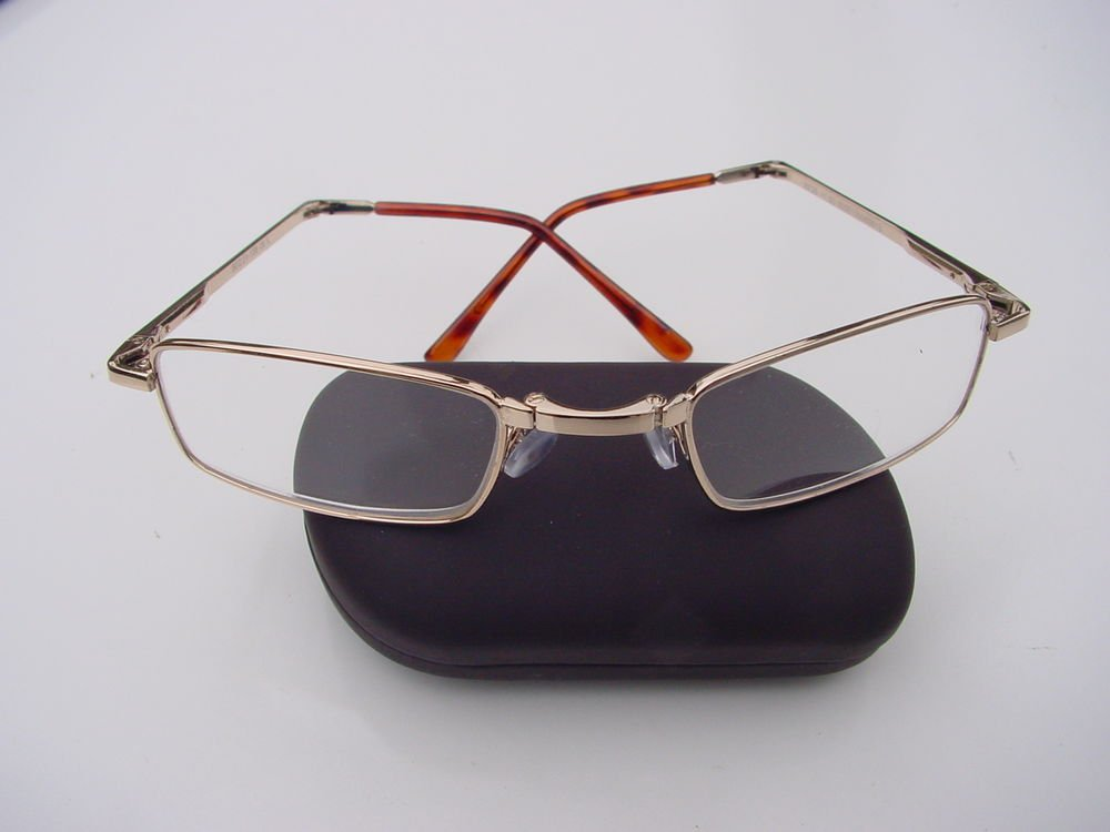 FOLDING READING GLASSES SPRUNG ARM HARD CASE +1.5 GOLD COLOURED FRAME F4