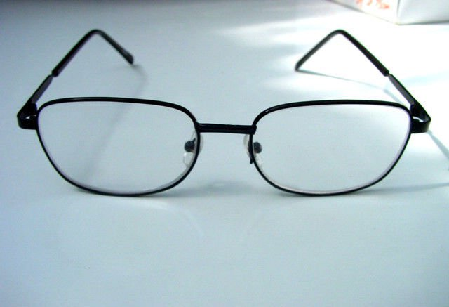 BLACK METAL FRAME READING GLASSES UNISEX  + 2.75 L923