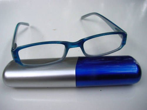 SMART SPRUNG ARM BLUE READING GLASSES & CASE+ 1.0 D515