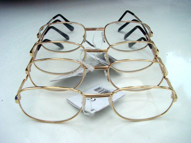 4 PAIRS OF READING GLASSES PALE GOLD METAL FRAMES +3.0 M141
