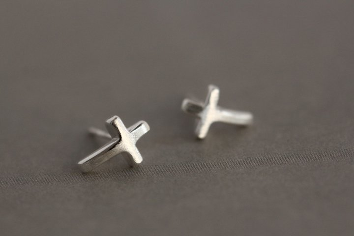 Sterling Silver 0.925 Cross Earring