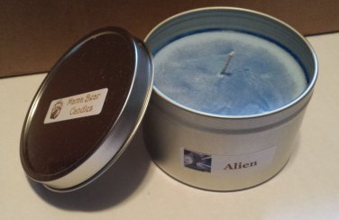 Alien Soy Candle in 8oz Tin with Lid