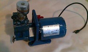 VINTAGE Robinair 15090   vacuum pump, GE motor 5KH33FN74T
