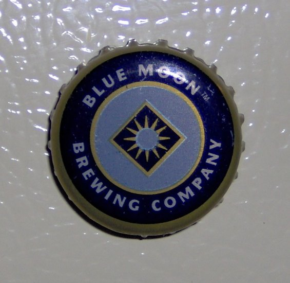 Handmade Recycled beer bottlecap fridge magnet blues