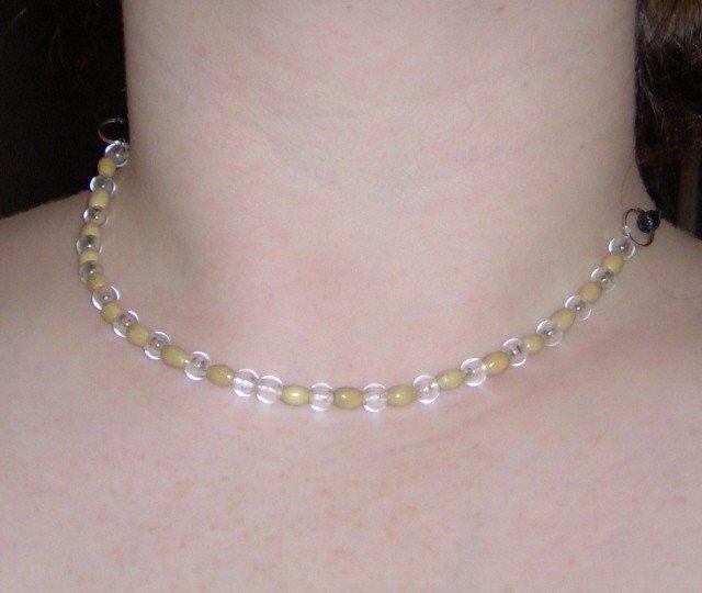 18 inch Au Naturel wood bead necklace
