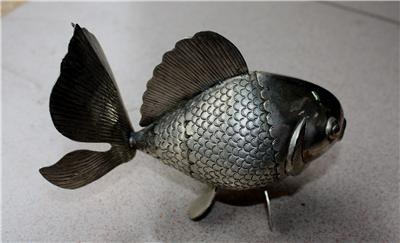 Small Asian Articulated Silver Fish