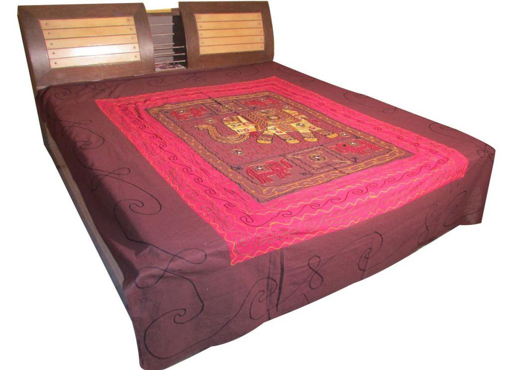 Ethnic Bedspread Embroidered Wall Hanging Bed Cover Tapestry Throw coverlet Art