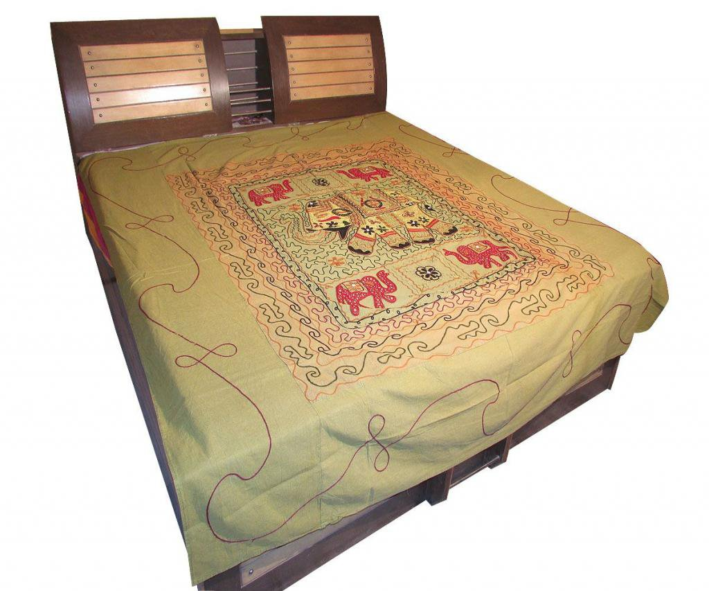 Decor Antique Indian Bedspread Embroidered Wall Hanging Bed Cover Tapestry Throw