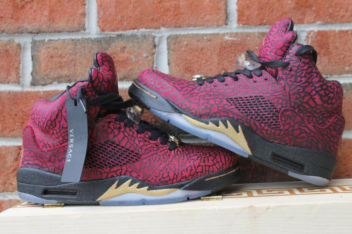 Nike Air Jordan Versace Size 11 Comes shipped with wooden box.