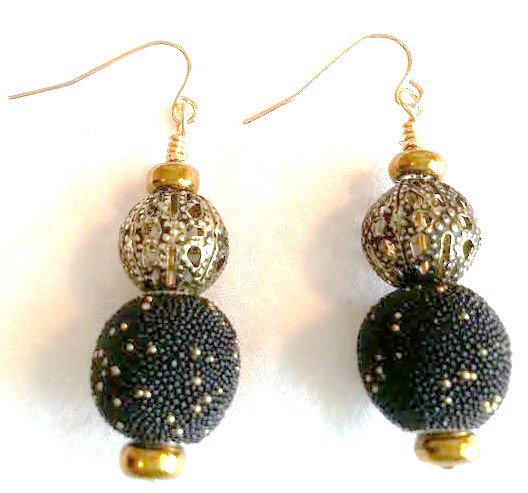 Black N' Gold Design Earrings - Item #E180