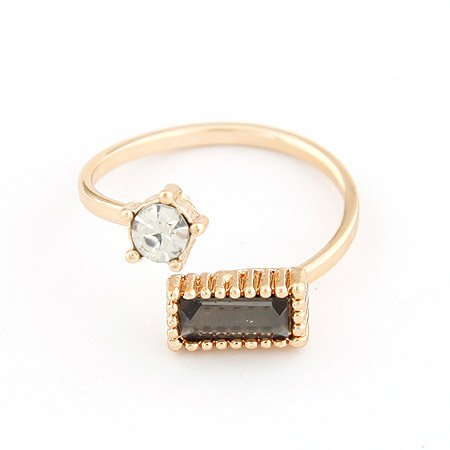 Clear Or Onyx Austrian Crystals Ring - 9k Gold Filled