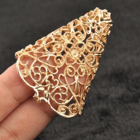 Unisex New Fashion Gold Hollow Punk Ear Cuff