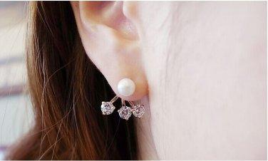 Elegant Wedding Pearl Clear Crystal Earrings
