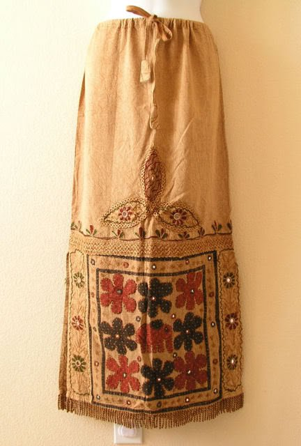 G120 Gothic Hippie Gypsy Bohemian Renaissance Heavily Embroidered Long Skirt - M