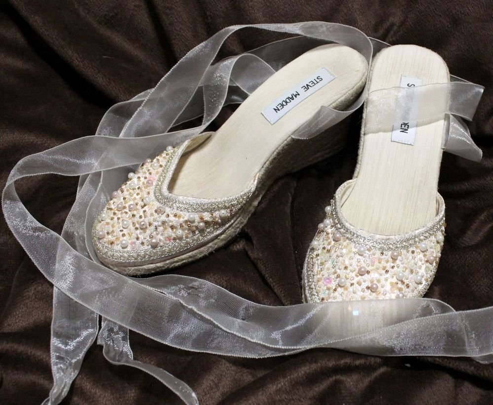 Steve Madden Bombay White Beige Pearl Slides Wedge Heels Dress Shoes Size 6 B